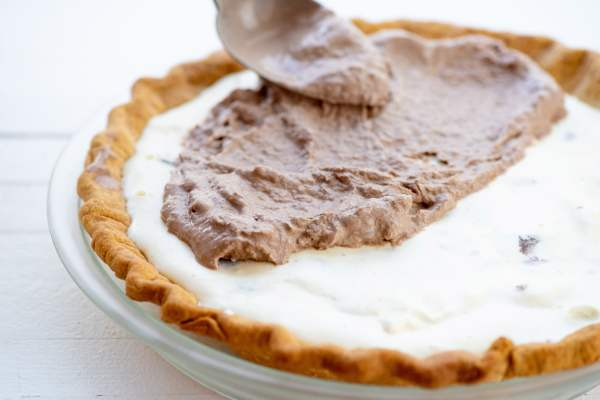 Ice Cream Pie / Photo by Cheyenne Cohen / Katie Workman / themom100.com