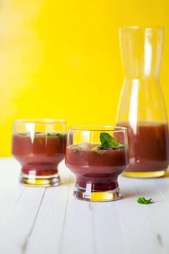 Pomegranate–Orange Mocktail with Mint