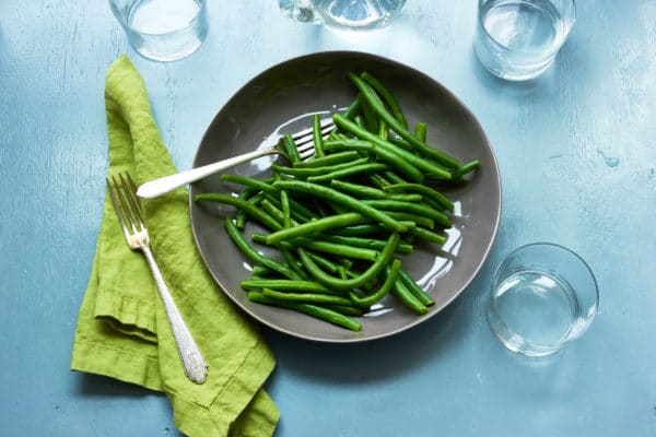 Green Beans with Tarragon Vinaigrette / Photo by Sarah Crowder / Katie Workman / themom100.com