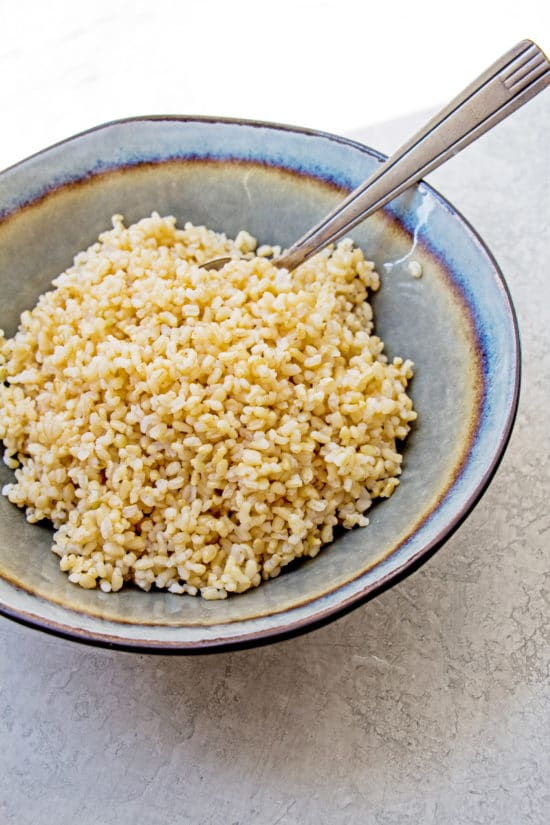 How many calories in 1/2 cup of brown rice