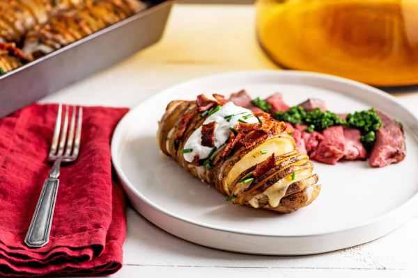 Easy Cheesy Loaded Hasselback Potatoes recipe