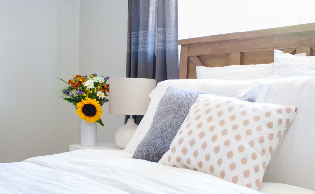 California Casual Bedroom Design