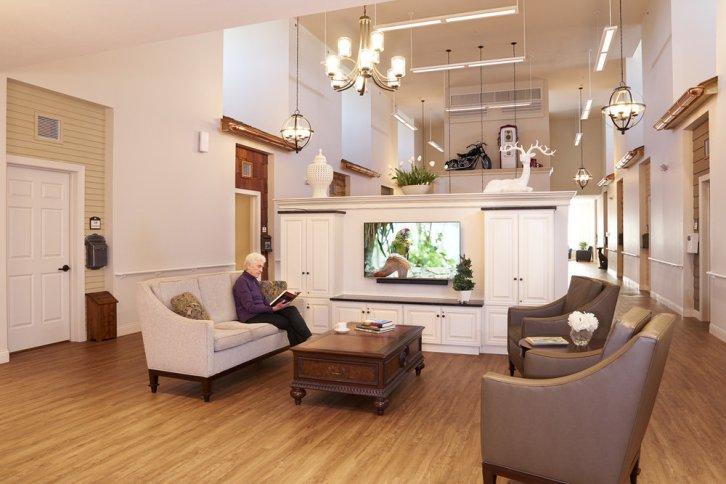 moments lounge