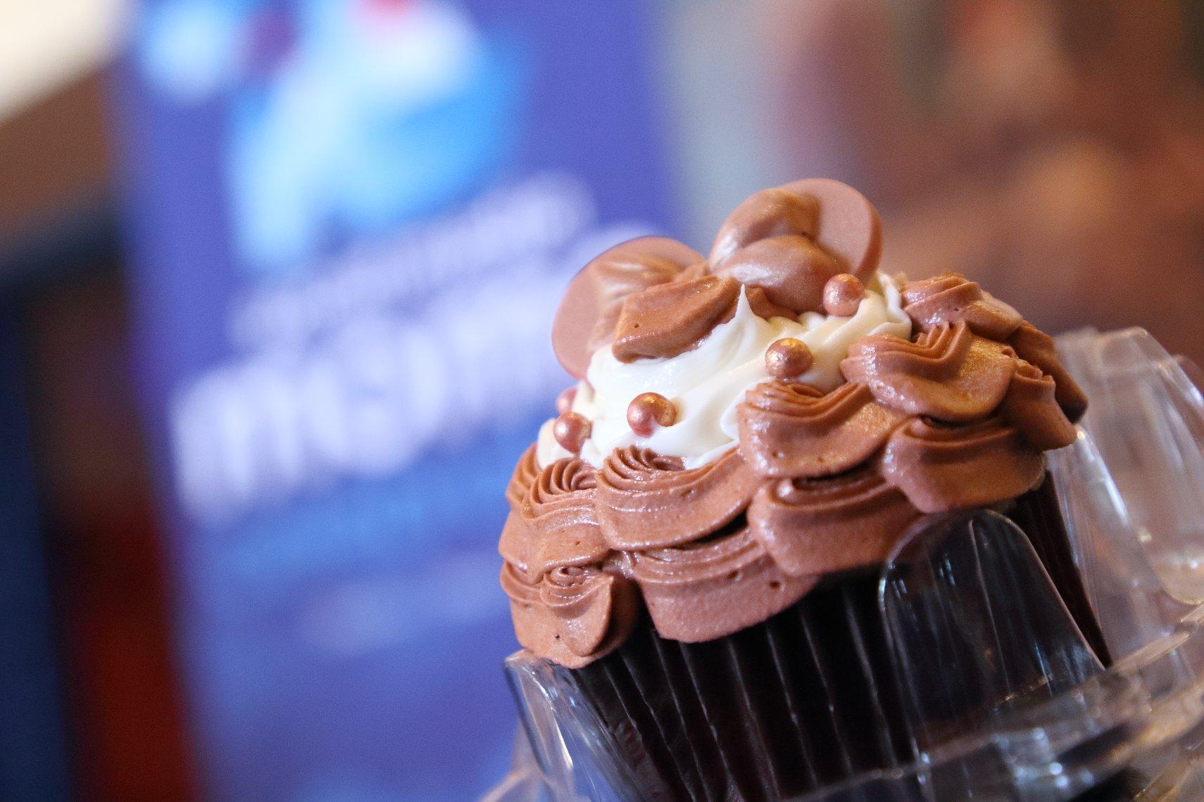 Rose Gold Cupcake