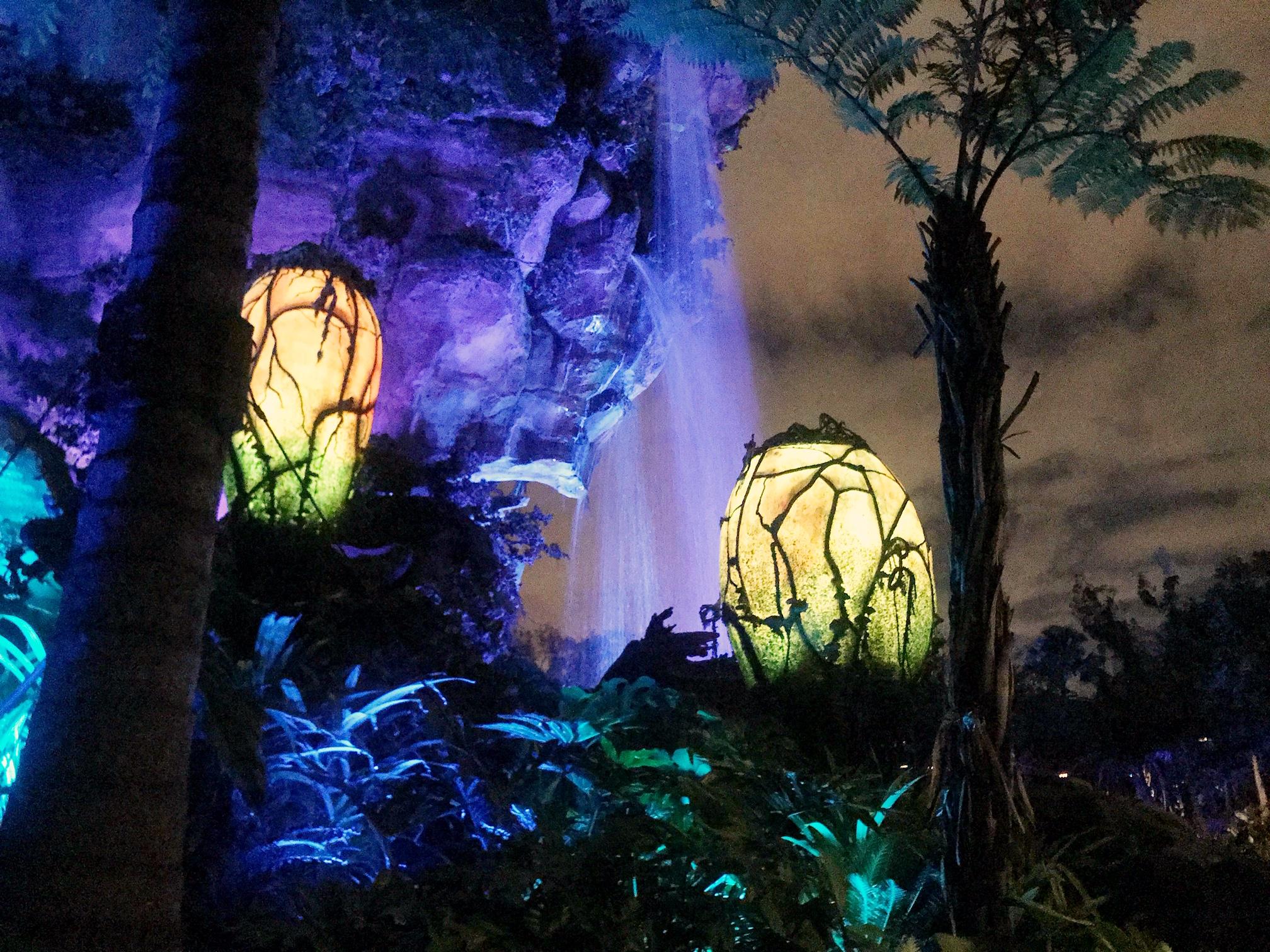 Pandora bioluminescent lights, #VisitPandora
