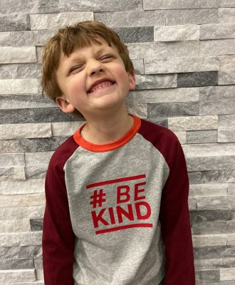 "Cricut EasyPress 2 DIY ""Be Kind"" T-Shirt"