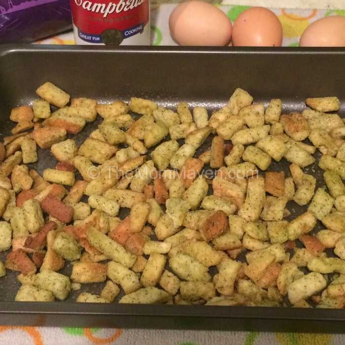 Overnight breakfast casserole0crouton layer