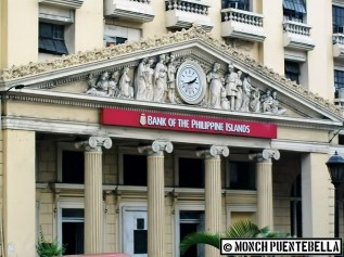 I took this shot of the BPI building in Escolta in 2011.