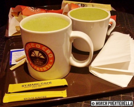 Matcha Latte (P170 / large size - left, P150 / medium size - right): This matcha has set a high standard, among the ones I've tried out.