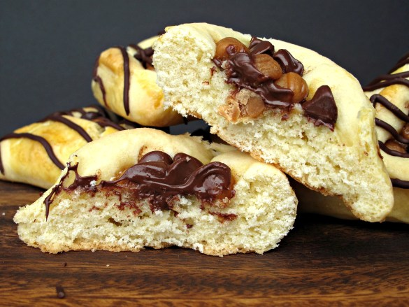 Hamantashen Pocket Cookies cut in half to show texture