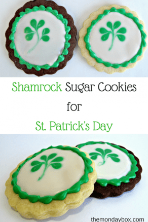 St. Patrick's Day Shamrock Cookies- FABULOUS chocolate or vanilla sugar cookies and an super easy tutorial for decorating with simple corn syrup icing! @ themondaybox.com
