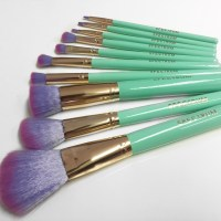 Vegan and Cruelty Free Makeup Brushes by Spectrum