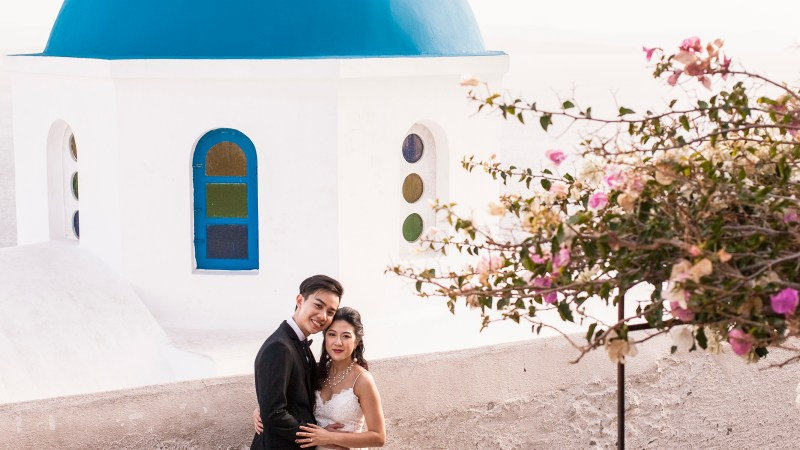 This Is Unbelievable! Wedding Photoshoot In Santorini For $1000