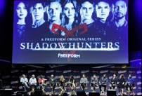 """SHADOWHUNTERS - The cast and producers of Freeform's """"Shadowhunters,"""" are featured at the COMIC CON Convention at the Jacob Javits Center in New York City on October 8, 2016. (Freeform/Lou Rocco) DARREN SWIMMER (EXECUTIVE PRODUCER), TODD SLAVKIN (EXECUTIVE PRODUCER), ALBERTO ROSENDE, DOMINIC SHERWOOD, KATHERINE MCNAMARA, EMERAUDE TOUBIA, MATTHEW DADDARIO, HARRY SHUM JR., ISAIAH MUSTAFA, MCG, CASSANDRA CLARE, ANDY SWIFT"""