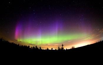 Northern_lights_aurora_LEDs