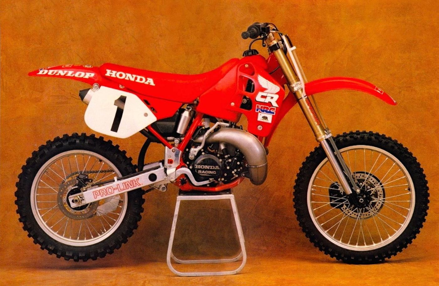 ricky johnson s 1988 factory honda cr250r [ 1400 x 915 Pixel ]