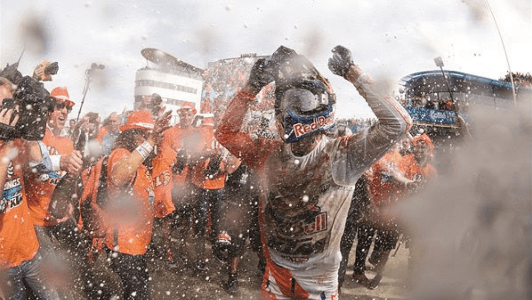 HERLINGS AND KTM CLINCH MXGP TITLE AT PENULTIMATE ROUND