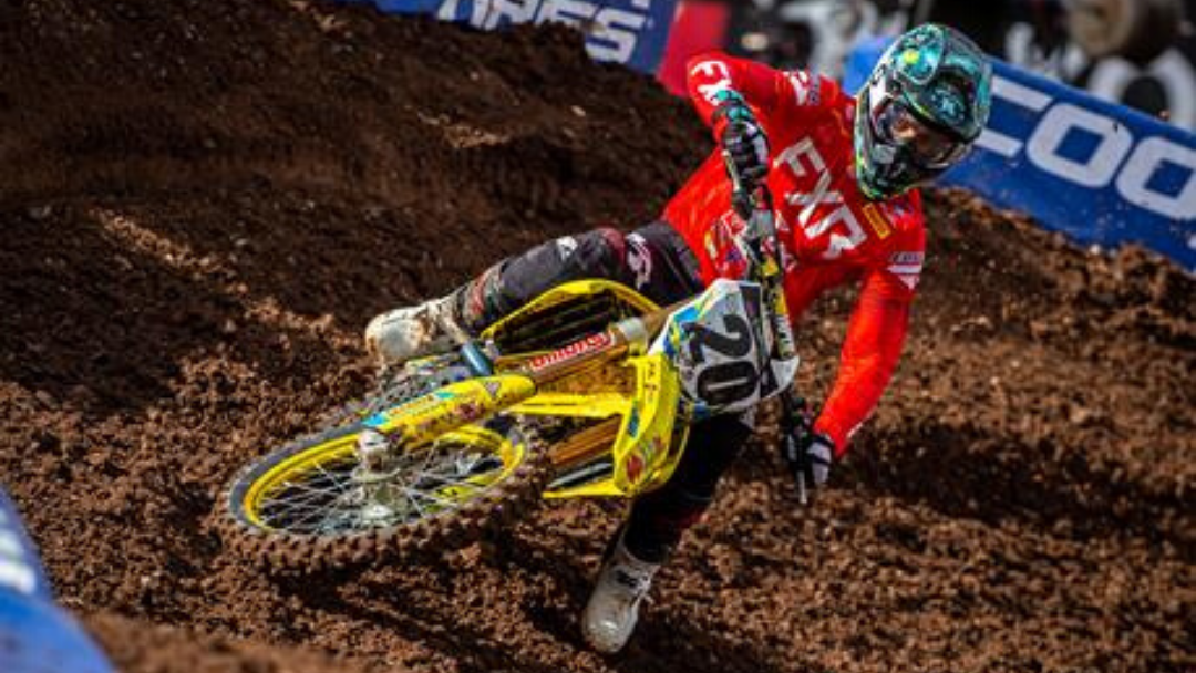 SUZUKI BACK ON TRACK AT UTAH SUPERCROSS