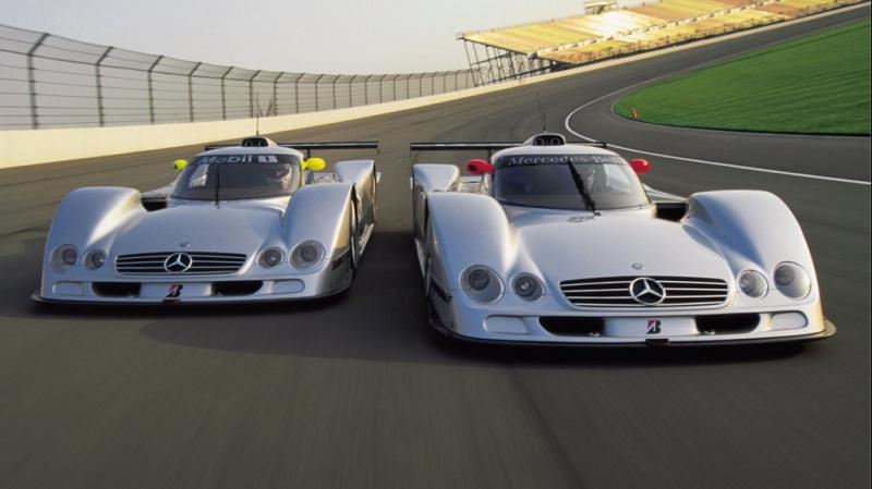 Mercedes-Benz CLR track drive