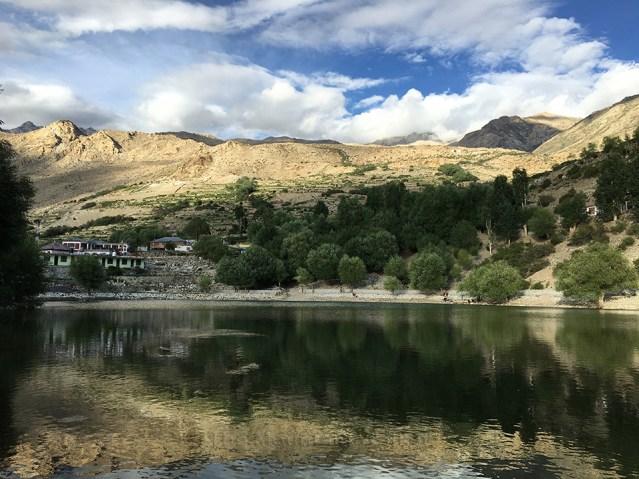 Nako Lake 02