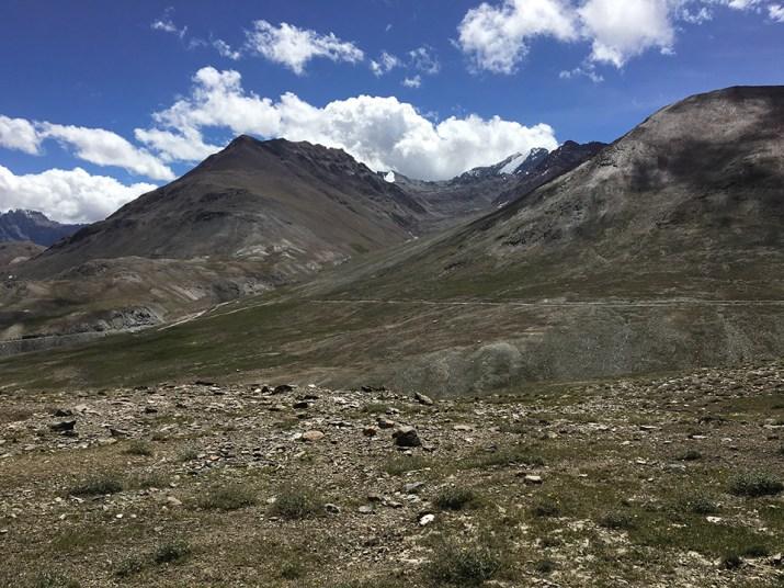 Ridge above Kunzum Pass 01