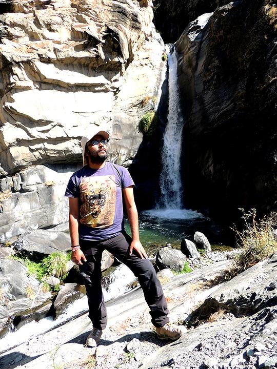 ghared-waterfalls-02