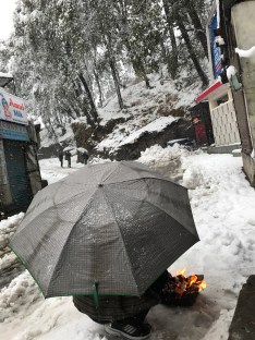 A good warm is the best way to keep warm if you have to be outdoors; Photo: Abhinav Kaushal