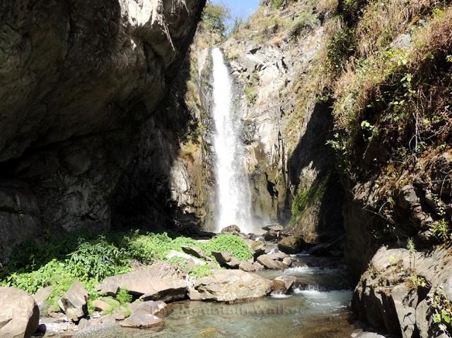 thalla-waterfall-01