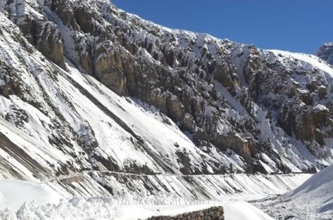 Mane Dhank after the avalanches yesterday; Photo: Abhinav Kaushal