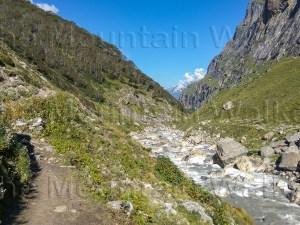 'PinParvati Trek Back Trail' by Ameen Shaikh presents a view towards Tunda Bhuj on the Pin Parvati Pass trek route between Tunda Bhuj and Thakur Kuan.