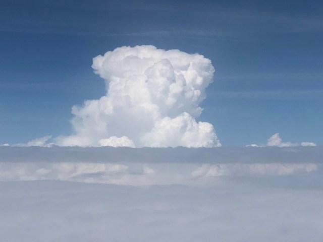 Magali Themouse, quinqua, 50ans, nuages, ciel, lundi soleil, sunny monday