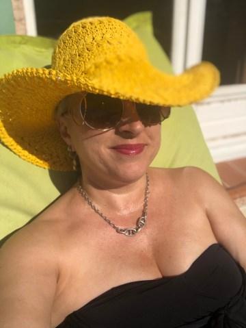 monaco madame, plaisir des yeux, 50 ans, Entorse, hip bazaar, video, monaco, voyage, antiage, quinqua, Youtube, etatsdespritduvendredi, radio france bleu, silver, travel, les états d'esprit du vendredi, quadra, Mode, themouse, Fashion, chronique, beautytube, eev,
