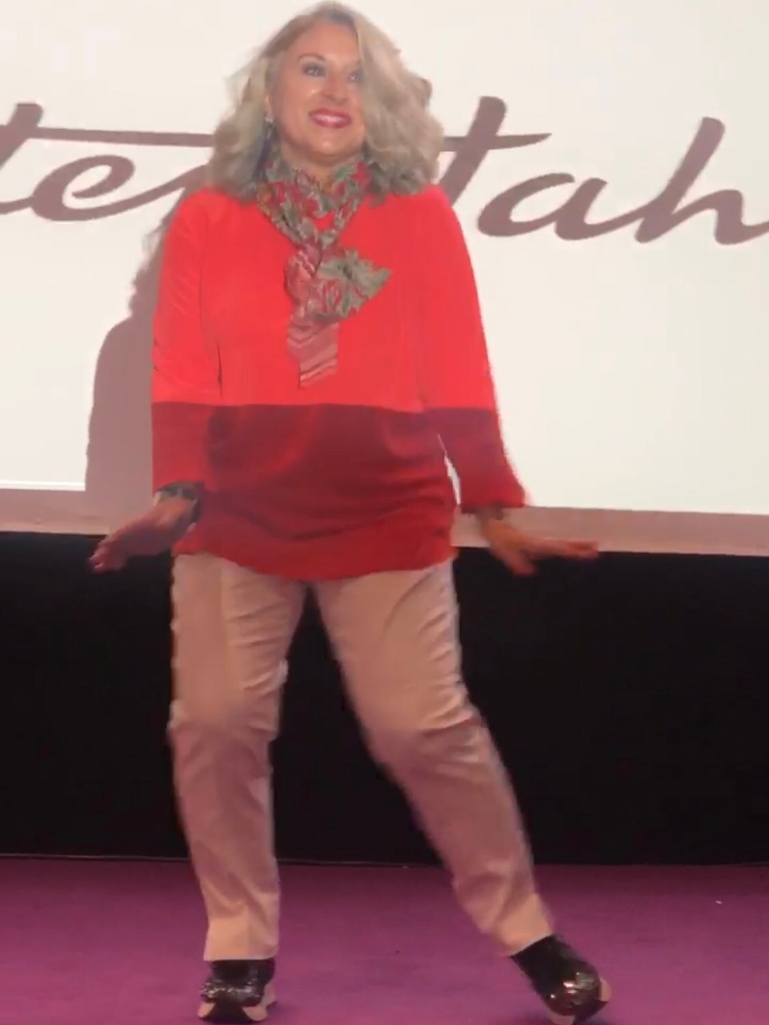 être mannequin à 50 ans, themouse, Peter Hahn, plaisir des yeux, 50 ans, catwalk, video, voyage, antiage, quinqua, Youtube, etatsdespritduvendredi, radio france bleu, silver, travel, les états d'esprit du vendredi, mannequin d'un jour, Mode, paris, mannequin senior, Fashion, quadra, chronique, beautytube, eev, paris, visite de Paris