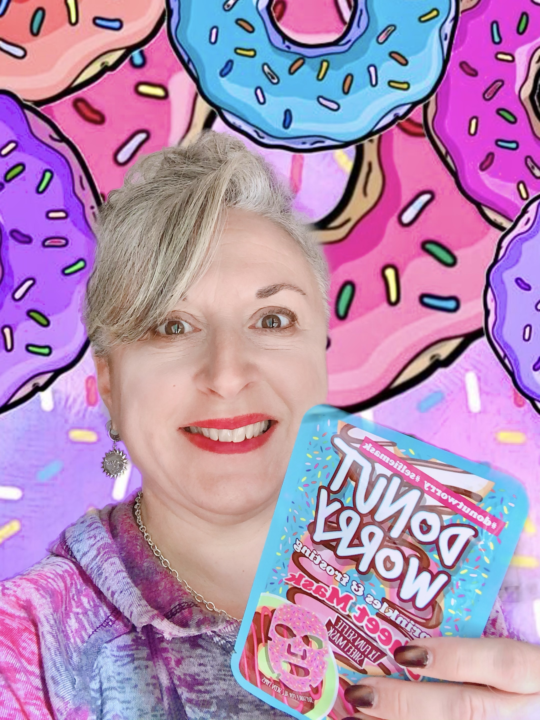 Masque Donut Worry sprinkles and frosting