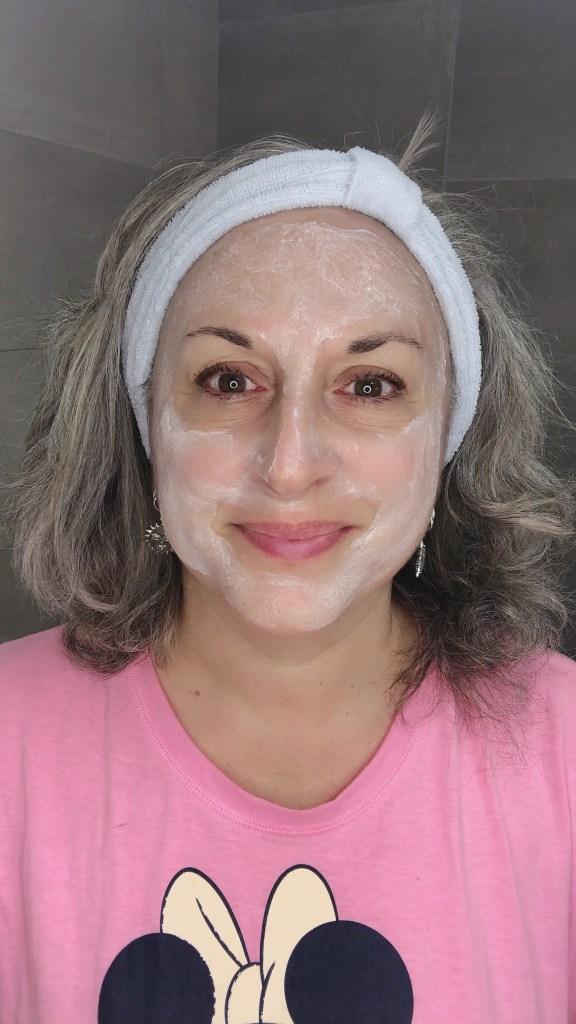 beauty, lidl, makeup, makeupgeek, maskchallengeunecitadine, masque, mask, beurredekarite, huiledepepinsdegrenade, silverhair, silversisters,