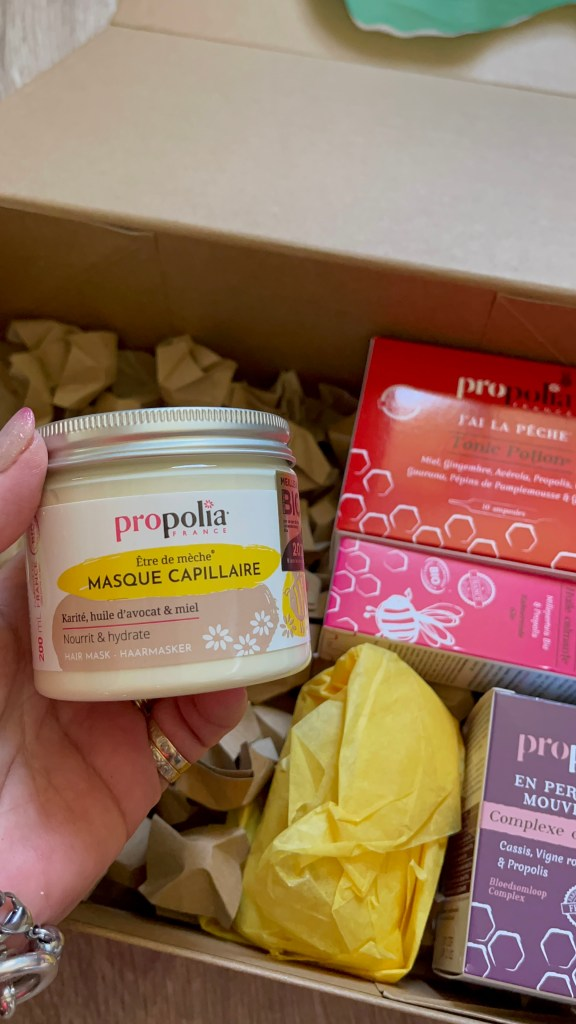 MaRuchePropolia, propolia, miel, blogueusedusud, over50, beaute naturelle, ruche