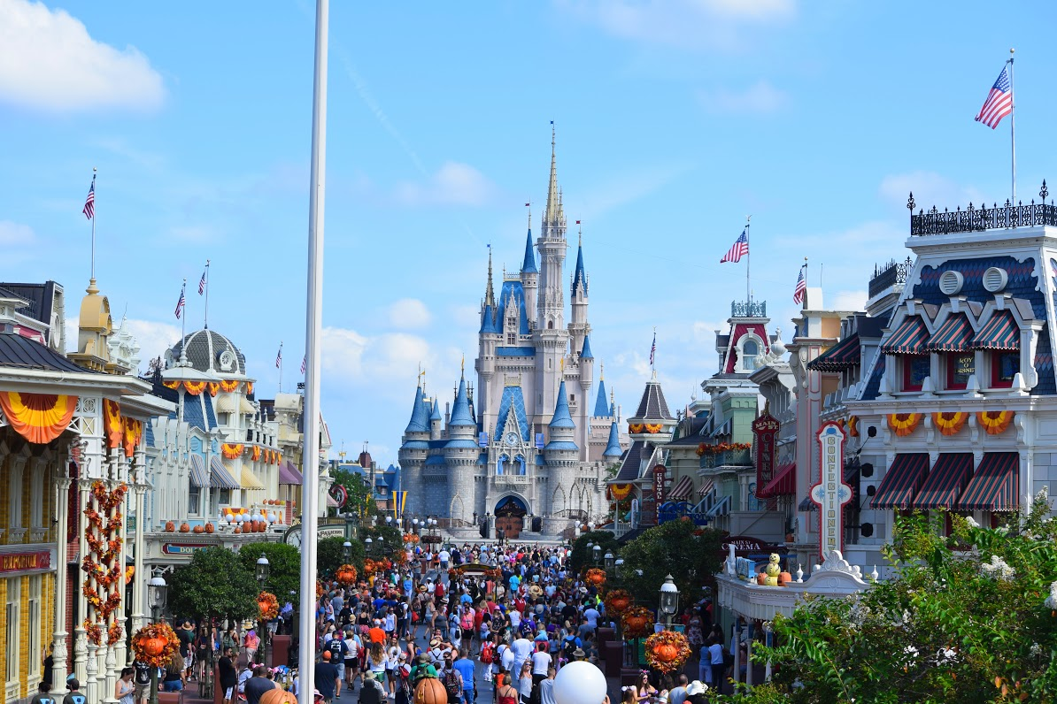 """Featured image for """"10 Unique Walt Disney World Facts"""""""