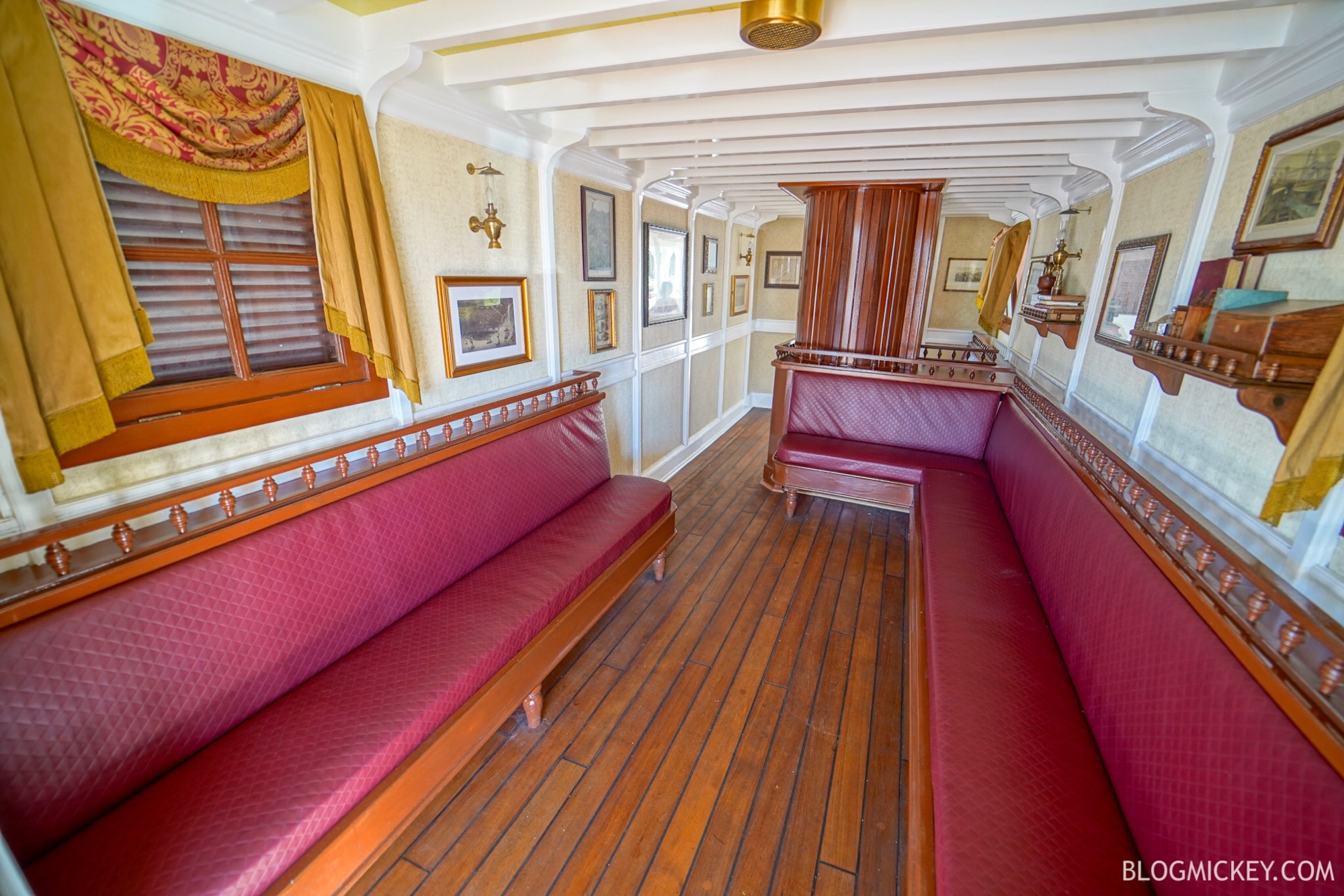 """Featured image for """"5 Quiet Spots at Magic Kingdom"""""""