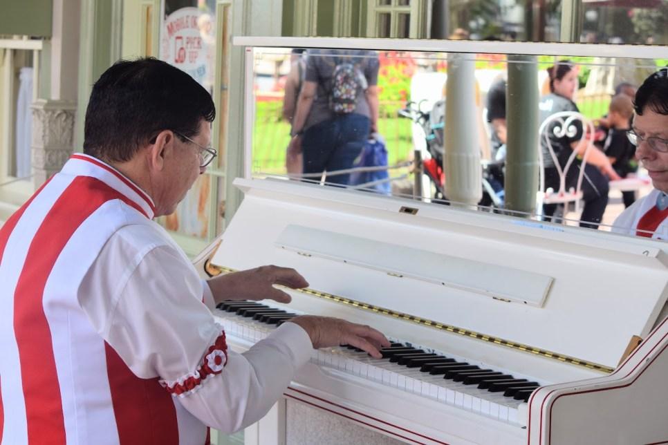 Disney Pianist Jim