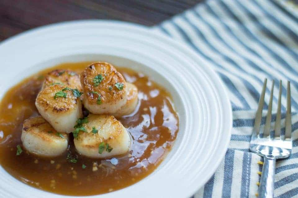 The Movement Menu - Pan Seared Scallops... a delicious dinner can be all yours in under 10 minutes! TheMovementMenu.com