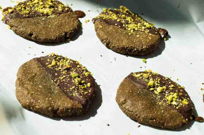Pistachi-OMG I'm Sea-ing Nutella Cookies
