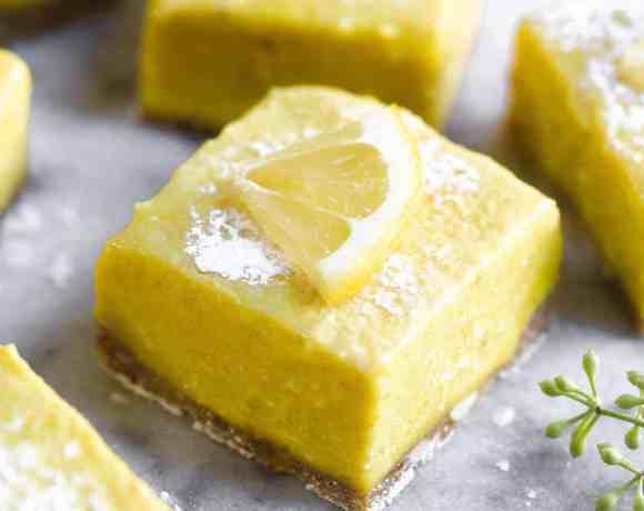Easy Raw Paleo Lemon Bars. Super refreshing and store well in the freezer, perfect for summer! Best gluten free vegan lemon bars. Best paleo dessert recipes. Best vegan dessert recipes. Vegan lemon bars recipe. Easy vegan raw lemon bars. Paleo lemon bars. Gluten free and vegan lemon bars. Raw vegan lemon bars. No bake lemon bars. BEST VEGAN LEMON BARS RECIPE! Healthy lemon bars. No bake paleo lemon bars.