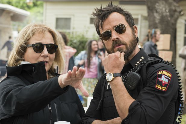 Mimi Leder directing Justin Theroux in The Leftovers