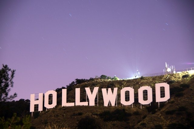 Hollywood sign - A brief guide on moving to Los Angeles, CA