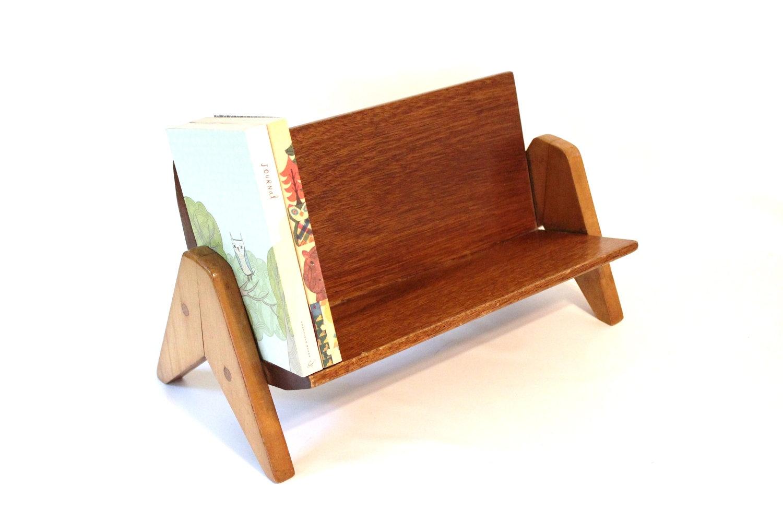 title | Desktop Bookshelf