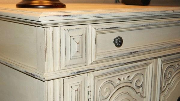 Antique White Distressed Furniture