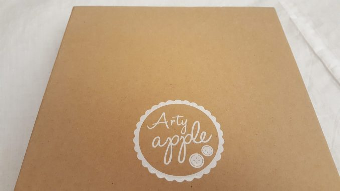 Arty apple cardboard box