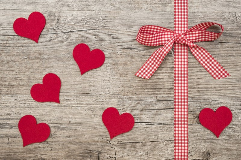 Valentine's Day Gift Guide – His 'n' Hers!
