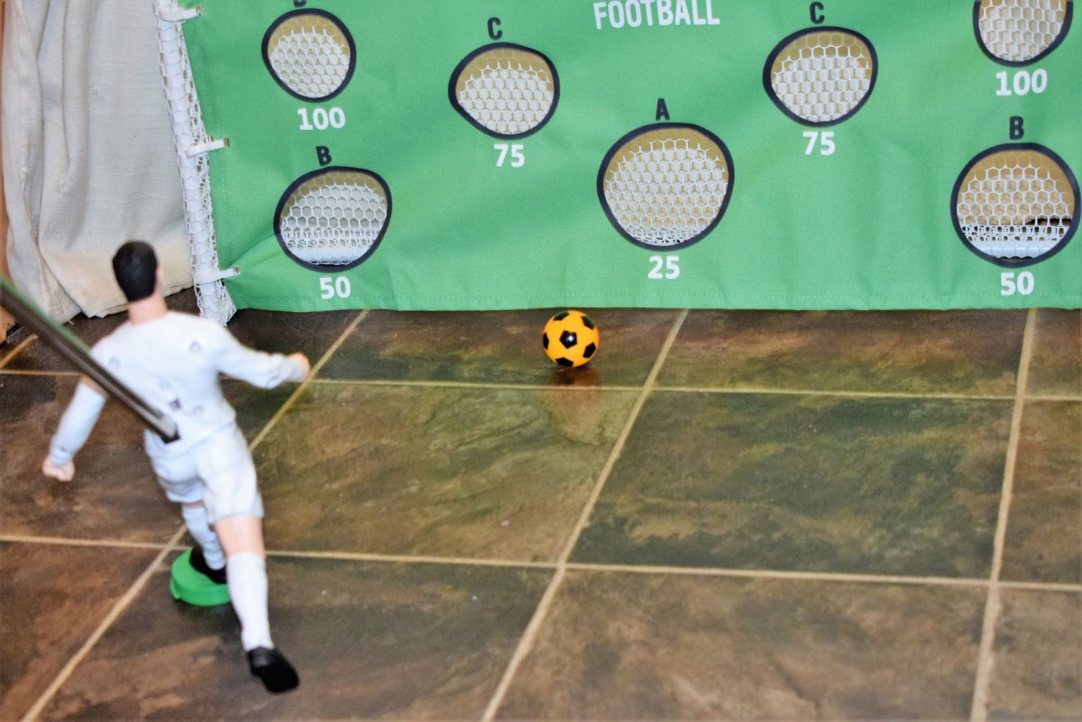 Penalty Shoot-out - MiniMaster Football