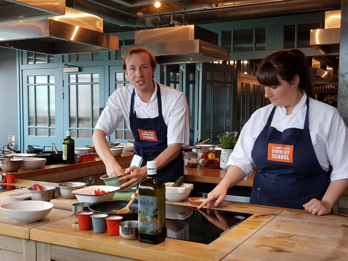 2 chefs cooking at jamie olivers cookery school - #hotpointkidscook